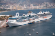 16429794-two-cruise-ships-in-acacpulco-mexico.jpg