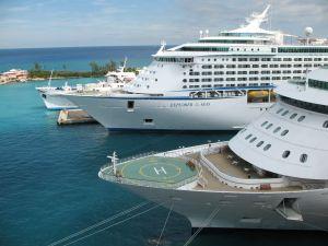 766636_cruise_ships.jpg